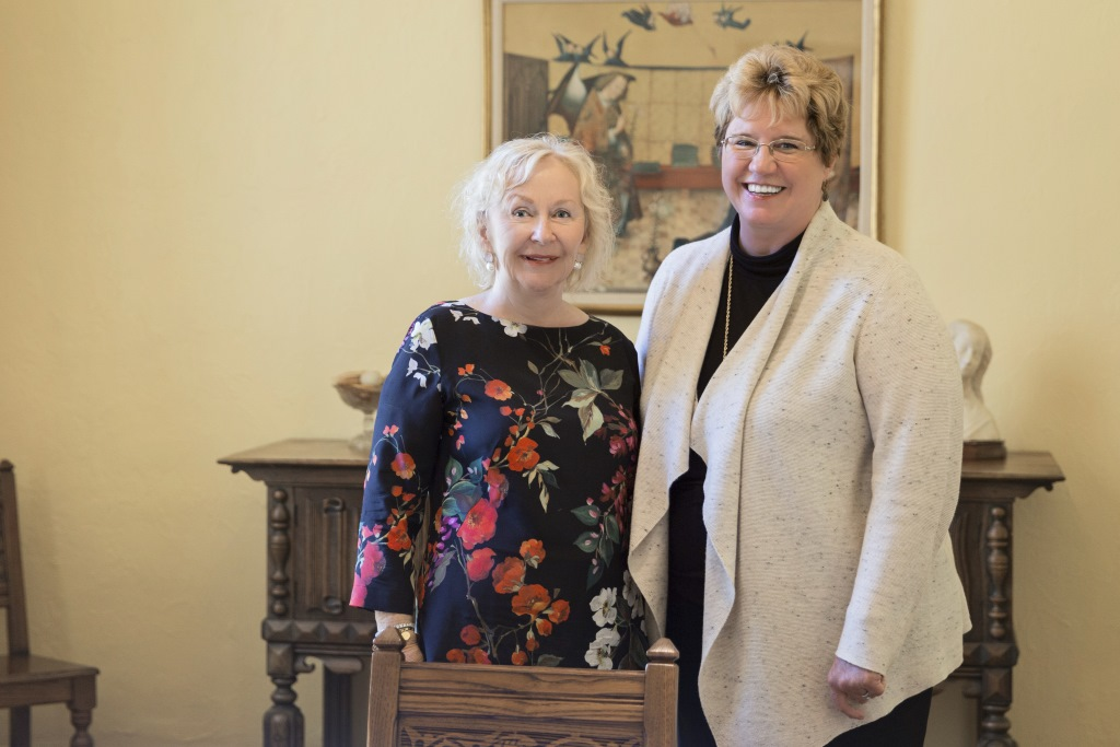 Mental health advocate and Mount Mary alumna Billie Kubly '57, meets with university president Dr. Christine Pharr. Photo courtesy of Mount Mary University.