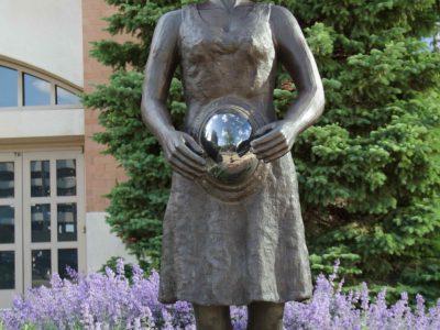 Sculpture Milwaukee artist Alison Saar to speak at Milwaukee Art Museum on August 17