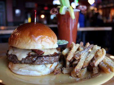 Urban Guide: 21 Great Burger Places