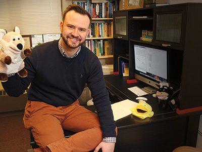 Marquette psychology professor receives Way Klingler Young Scholars Award