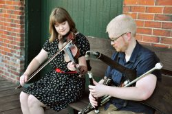 alison-perkins-nicolas-brown-uilleannpipes-fiddle