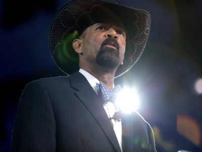 Back in the News: David Clarke Is Still Crazy
