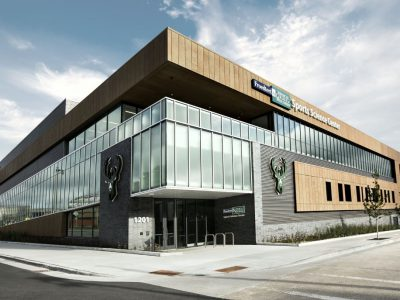 Froedtert & the Medical College of Wisconsin Sports Science Center Officially Opens as Milwaukee Bucks New Training Center