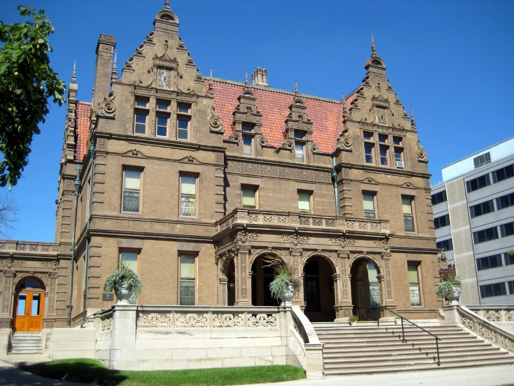 Milwaukee Historical Organizations Partner for the First Time To Host Wine Tasting Event at Beer Baron's Pabst Mansion