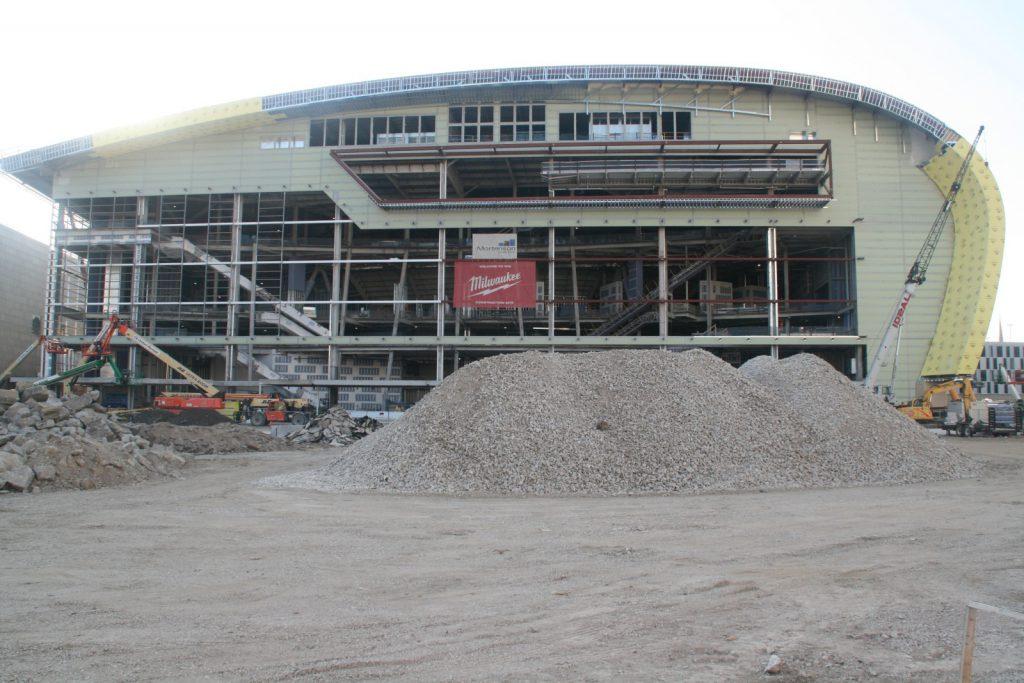 Live Block Construction. Photo by Jeramey Jannene.