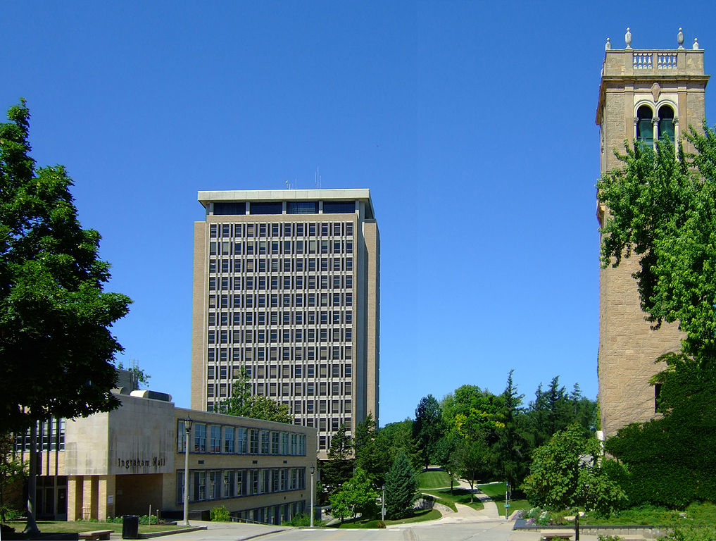Van Hise Hall in the background. Photo by James Steakley (Own work) [CC BY-SA 3.0 (https://creativecommons.org/licenses/by-sa/3.0) or GFDL (http://www.gnu.org/copyleft/fdl.html)], via Wikimedia Commons