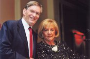 Allan H. (Bud) Selig and Suzanne L. Selig. Photo courtesy of the Sharon Lynne Wilson Center for the Arts.