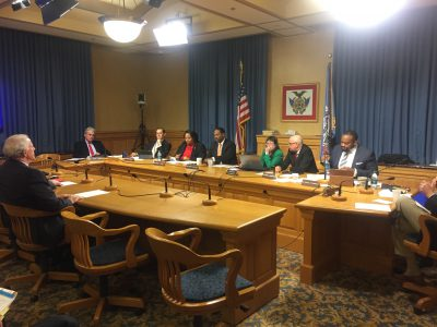 Eyes on Milwaukee: Committee Okays Waukesha Water Deal