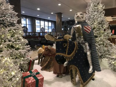 "BMO Harris Bank Celebrates ""A Holiday in King Arthur's Court"""