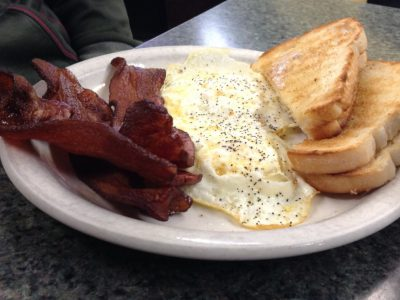 Dining: Rivers Edge Brings Home the Bacon