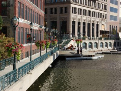 Milwaukee's Riverwalk Earns Prestigious International Award