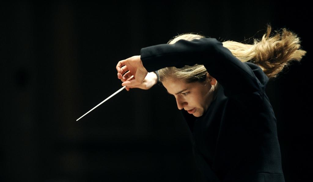 Karina Canellakis. Photo courtesy of the Milwaukee Symphony Orchestra.