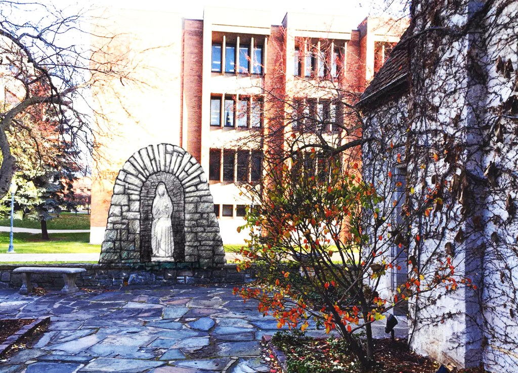 Marquette to install grotto of Blessed Virgin Mary behind St. Joan of Arc Chapel