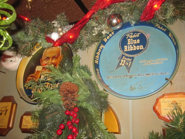 Pabst Blue Ribbon beer tray. Photo by Michael Horne.