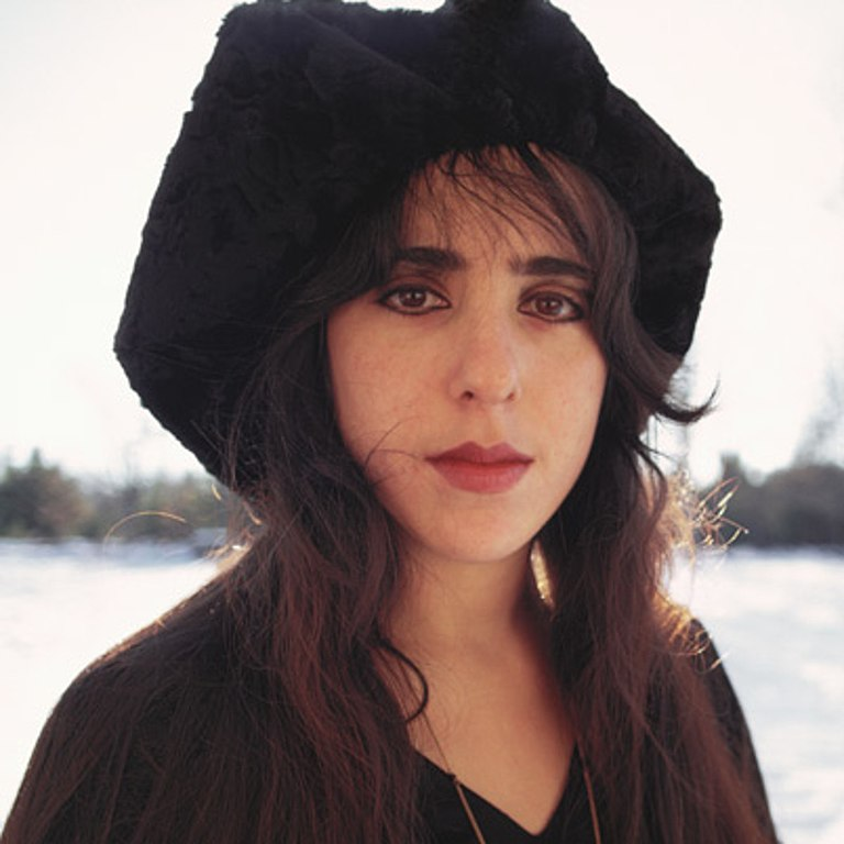 Laura Nyro. Photo by Biography.com Editors [CC BY-SA 4.0 (https://creativecommons.org/licenses/by-sa/4.0)], via Wikimedia Commons