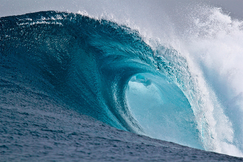 Blue wave. Photo is in the Public Domain.