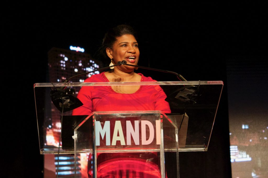 LISC Milwaukee Executive Director Donsia Strong Hill addresses the MANDI audience at the 2017 dinner. Photo by Emmy Yates.