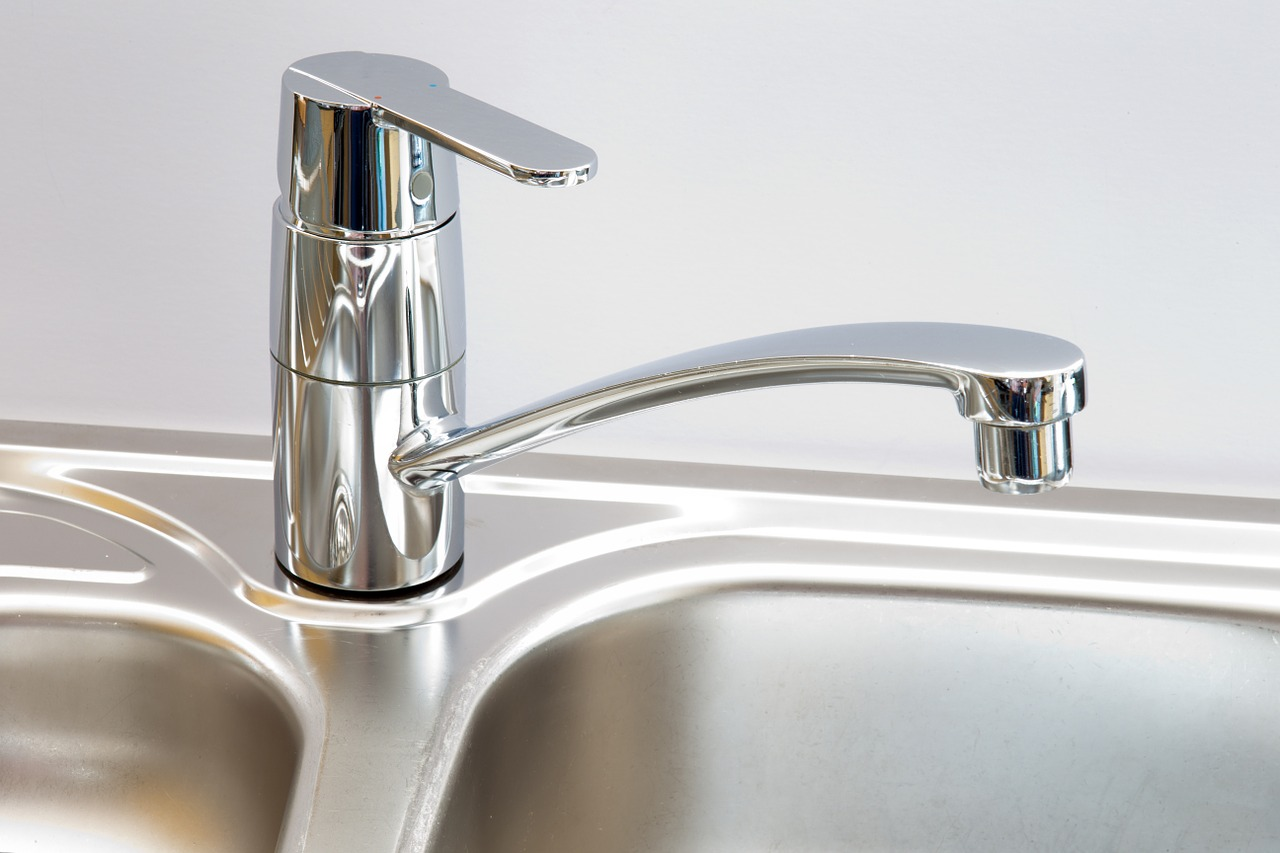 Water faucet. Photo from Pixabay.