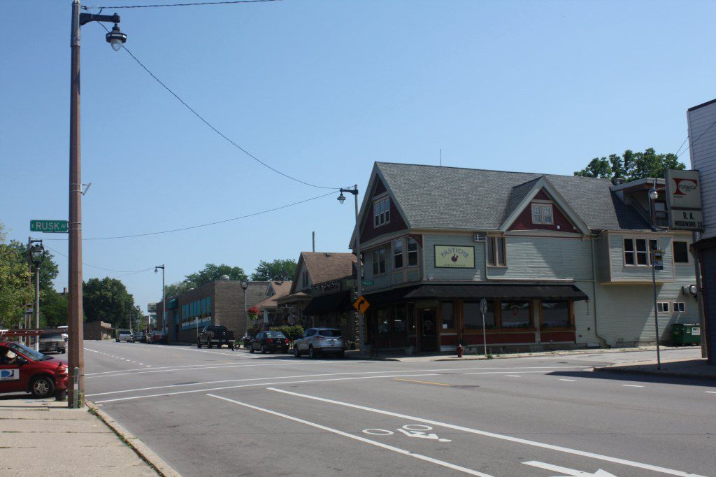 Former Pastiche restaurant at 3001 S. Kinnickinnic Ave. Photo by Carl Baehr.