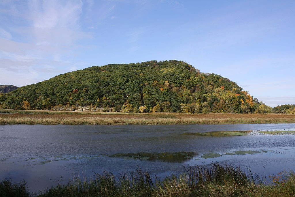 Trempealeau River. Photo by By Royalbroil (CC BY-SA 3.0)