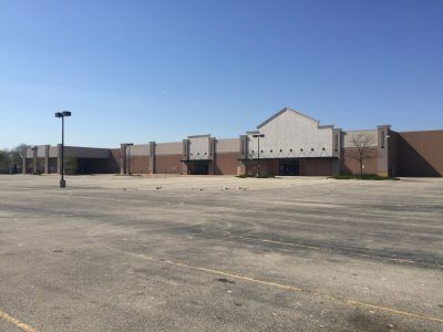 Eyes on Milwaukee: Vacant Lowe's To Be Distribution Center