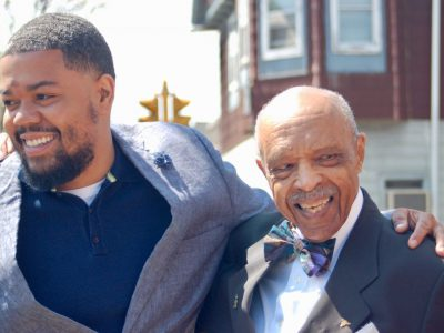 """Dr. Carter"" Gets Honorary Street Sign"