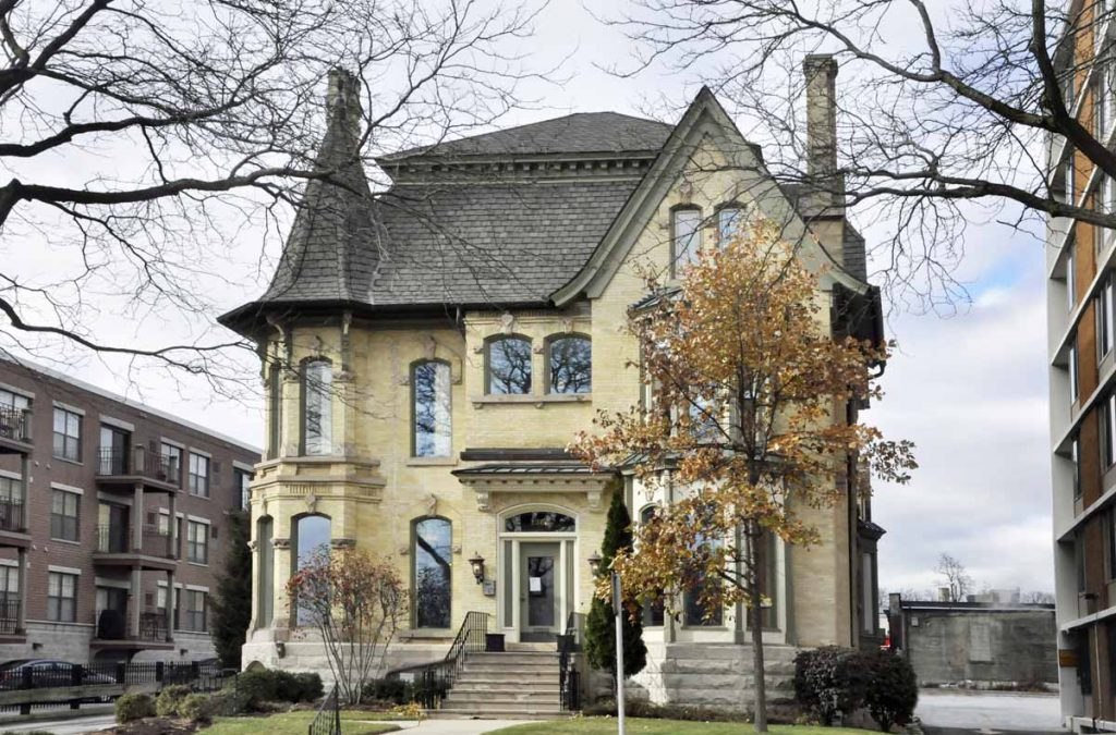 2018 Wisconsin Breast Cancer Showhouse, 1363 N. Prospect Ave. Photo by John E. Kimpel.