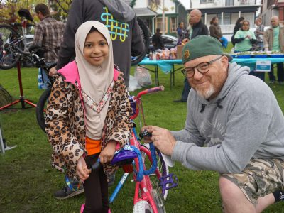Sixteenth Street Community Health Centers Gives Away 600 Bicycles