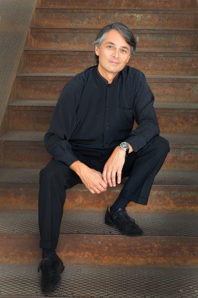 Jun Märkl. Photo by Fotodesign.