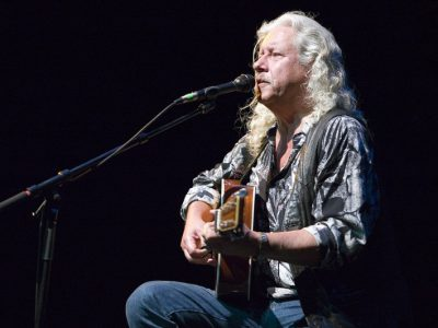 """I'm not Republican,"" Arlo Guthrie Says"