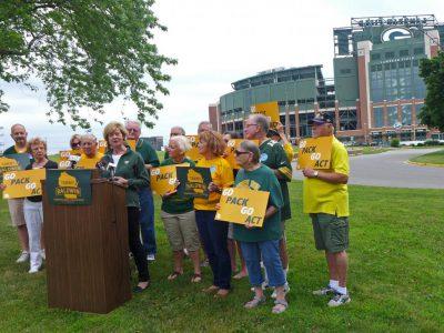 Sen. Baldwin Demands Packers Coverage