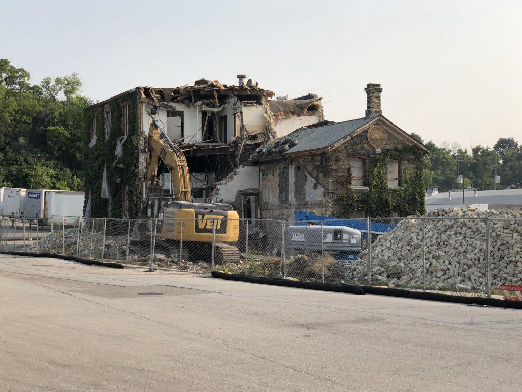Gettelman Brewery malt house demolition. Photo by Jeramey Jannene.