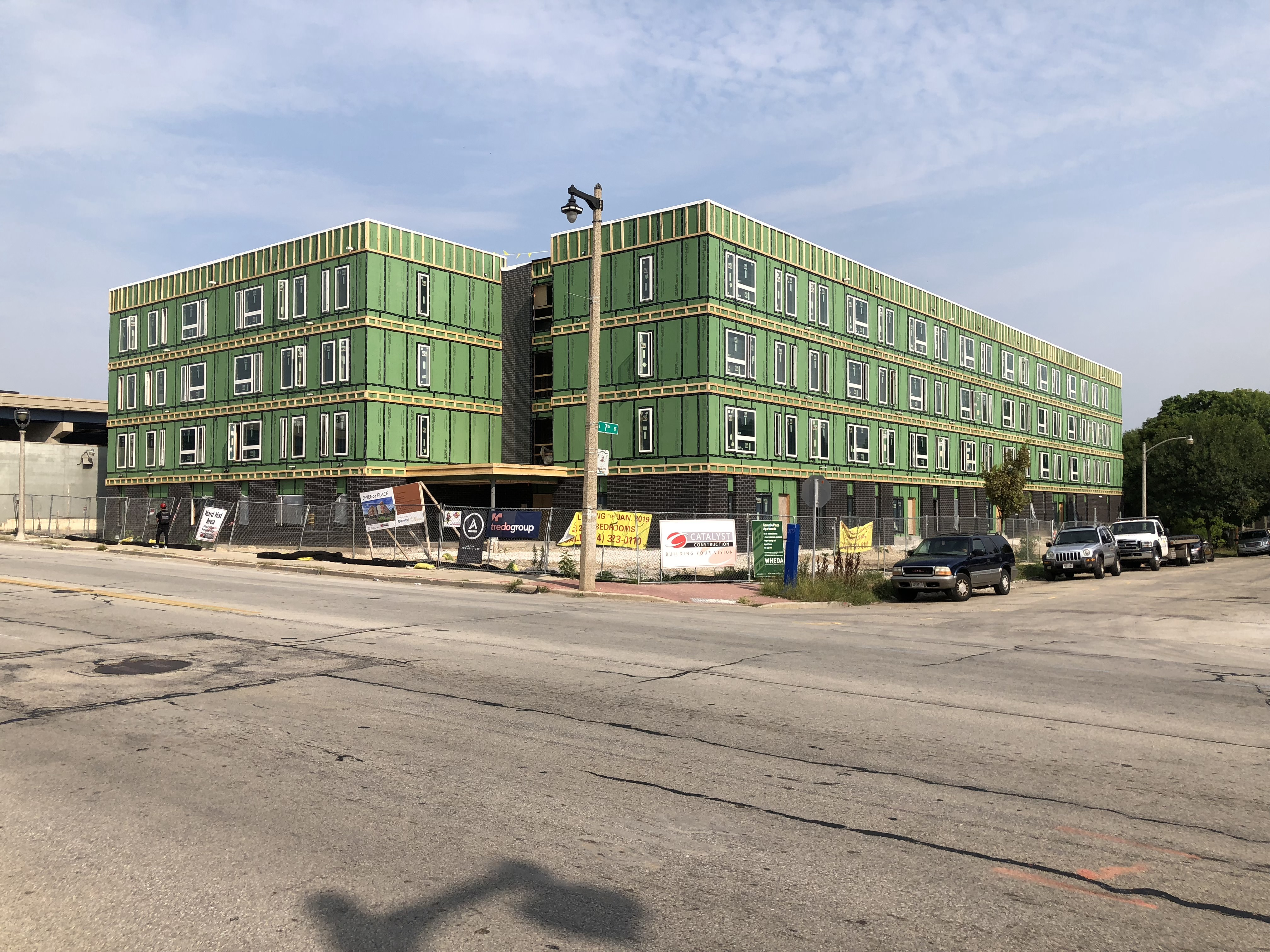 Friday Photos: SEVEN04 Place Takes Shape