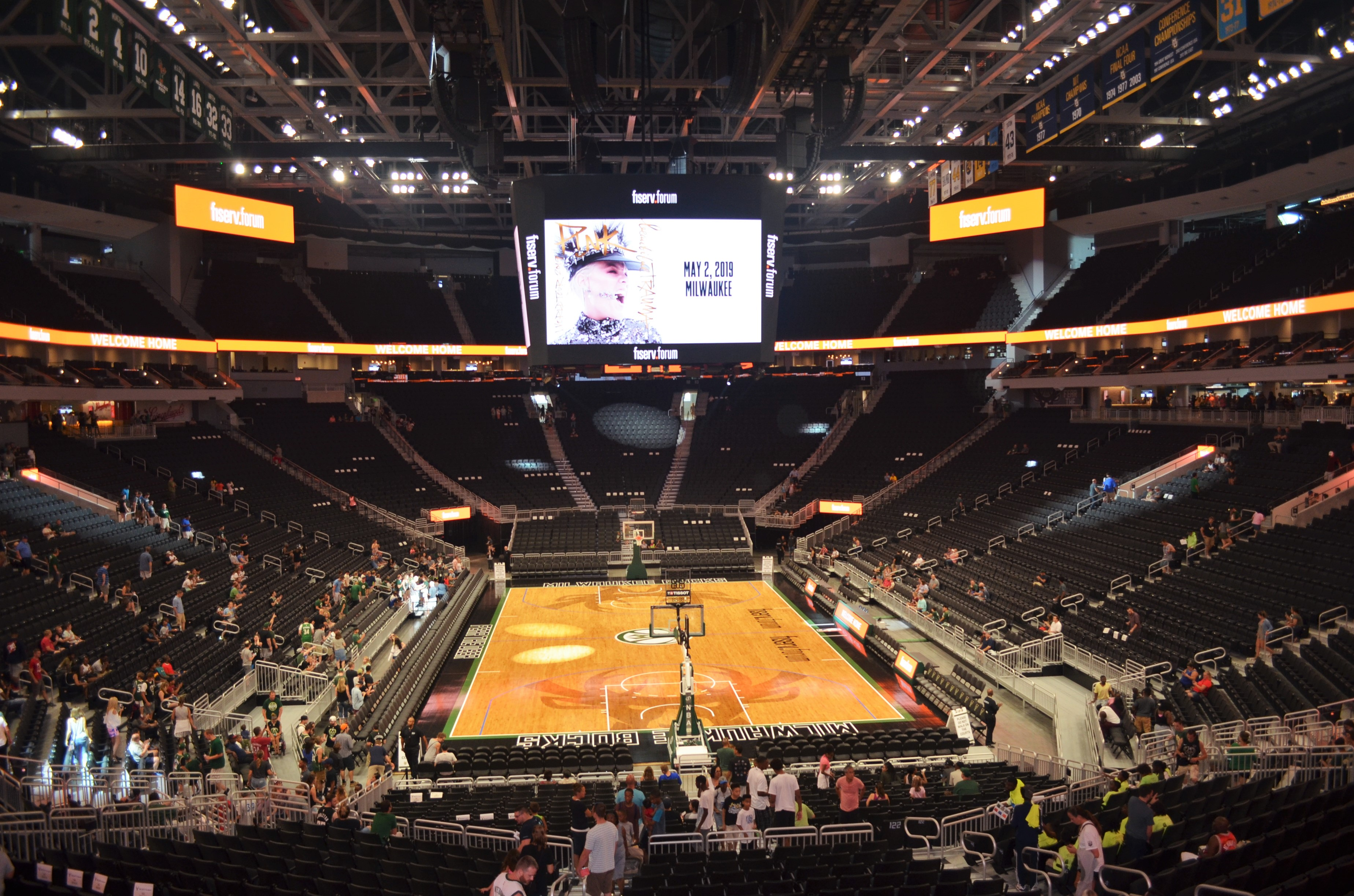 Fiserv Forum Seeking Not-For-Profit Staff Members to Volunteer to Work Concessions During Bucks Playoff Games