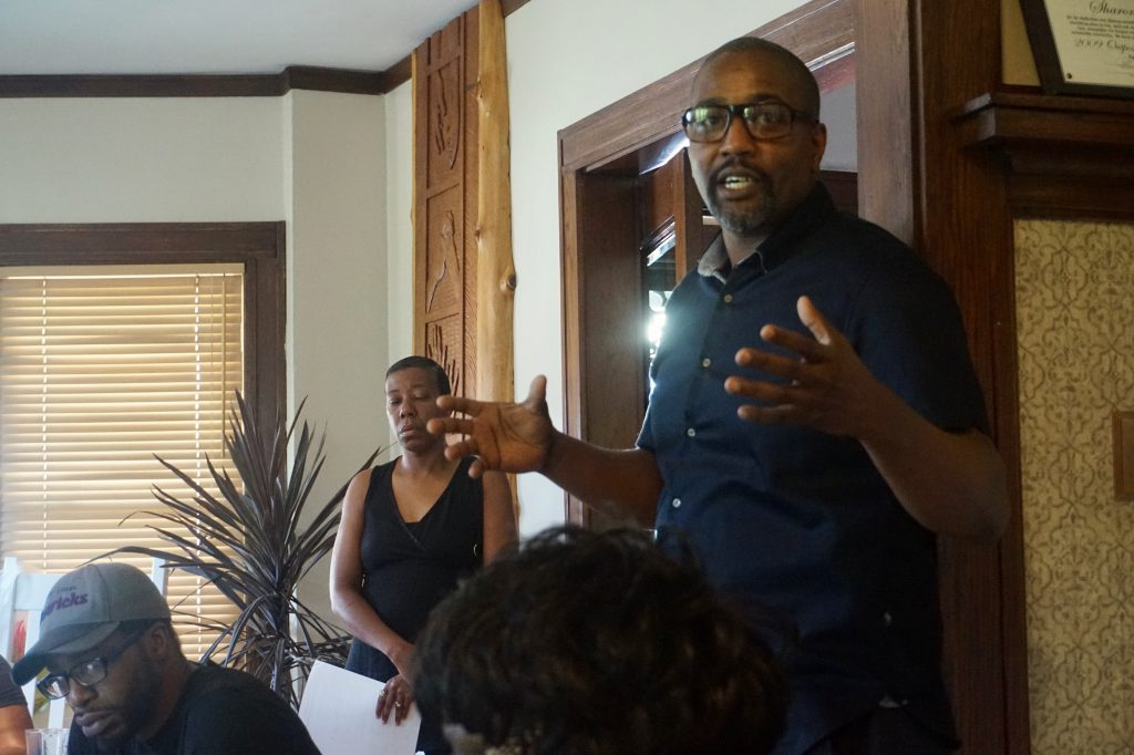 Walnut Way Executive Director Antonio Butts discusses the Lindsay Heights block captain initiative. Photo by Ryeshia Farmer/NNS.