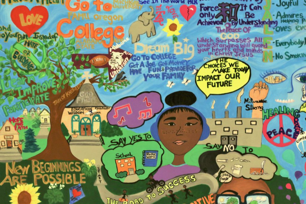 The mural displays the teens' good choices, including going to college and avoiding drug use. Photo by Grace Connatser/NNS.