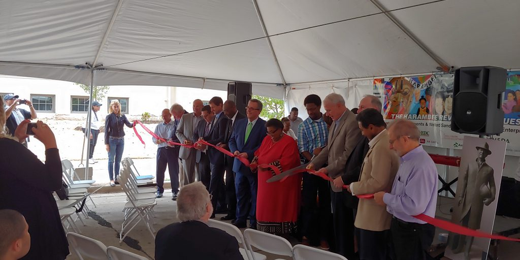 Ribbon cutting for Welford Sanders Lofts and 5th Street School Apartments. Photo by Zach Komassa.