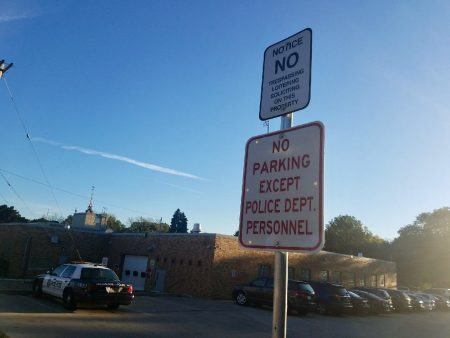"A new ""no trespassing,"" sign was placed at the entrance to the lot after Mendez was arrested in August. Photo by Edgar Mendez/NNS."