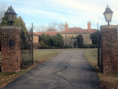 Plenty of Horne: Abele to Destroy His Eschweiler Mansion