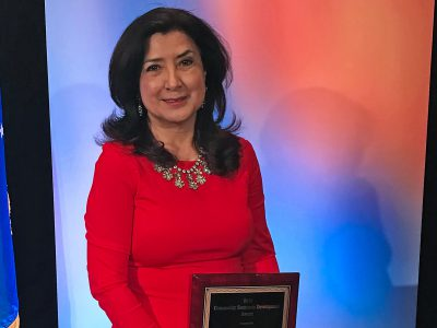 WHEDA's Maria Watts receives award from MARKETPLACE