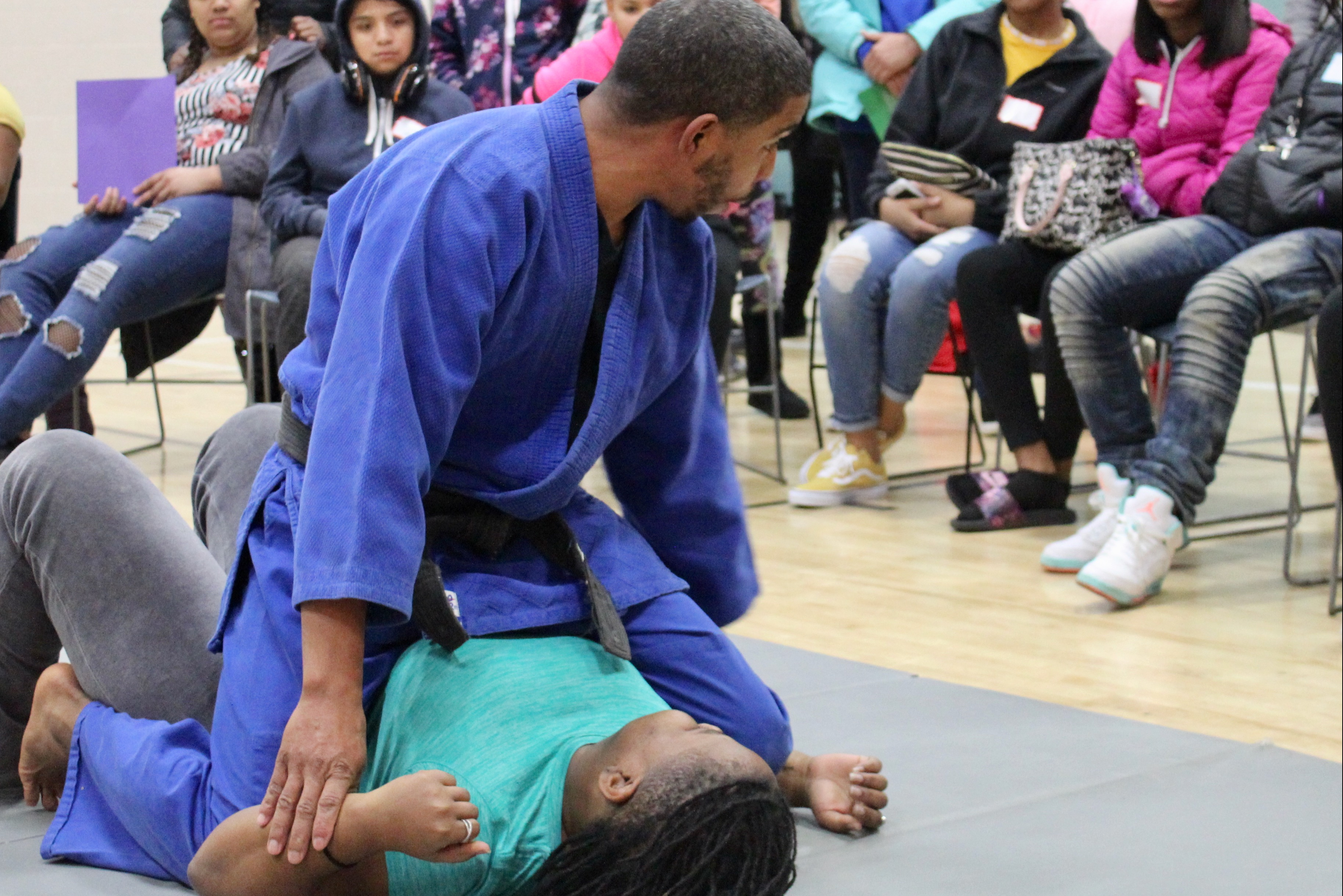 Fred Coleman taught a self-defense class to help girls escape dangerous situations. Photo by Allison Dikanovic/NNS.