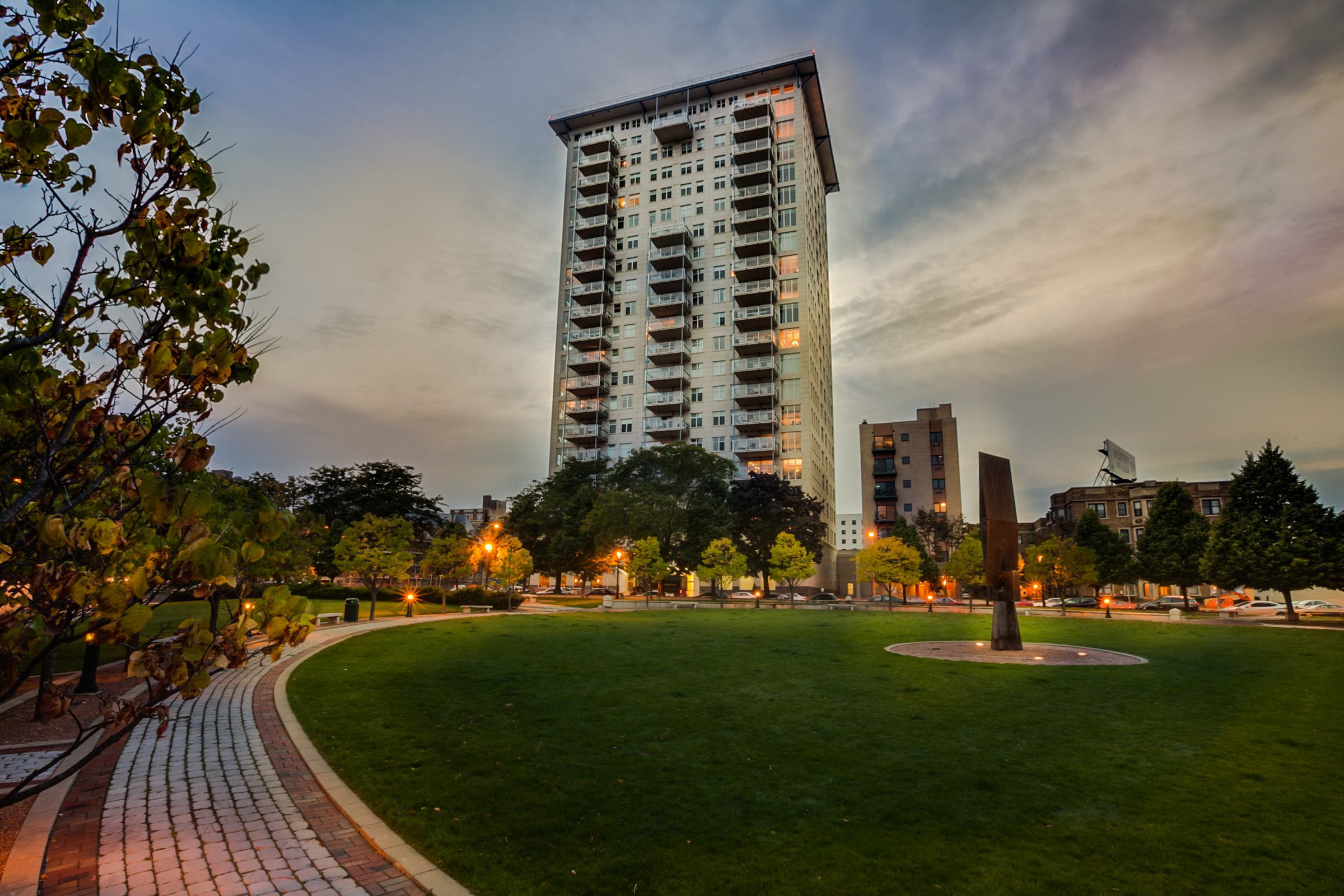Breakwater Condominiums, 1313 N. Franklin Pl. Photo courtesy of Corley Real Estate.