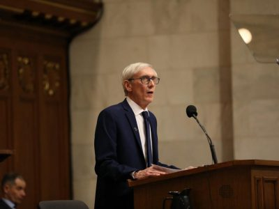 Evers' Budget Will Include Nonpartisan Redistricting Process