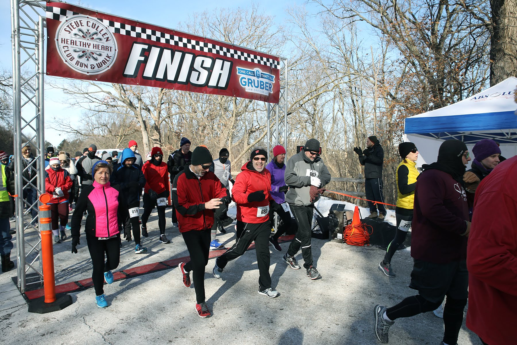 The 23rd Annual Steve Cullen Healthy Heart Run/Walk held on Saturday, February 9th at Underwood Parkway in Wauwatosa. Photo by Erol Reyal.