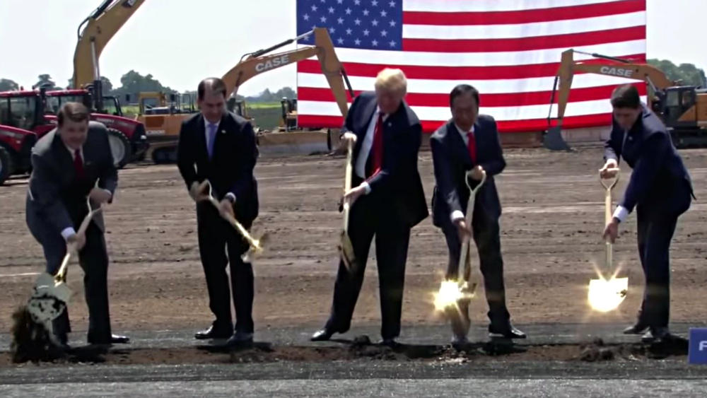 Groundbreaking at the Foxconn campus. Photo from The White House.