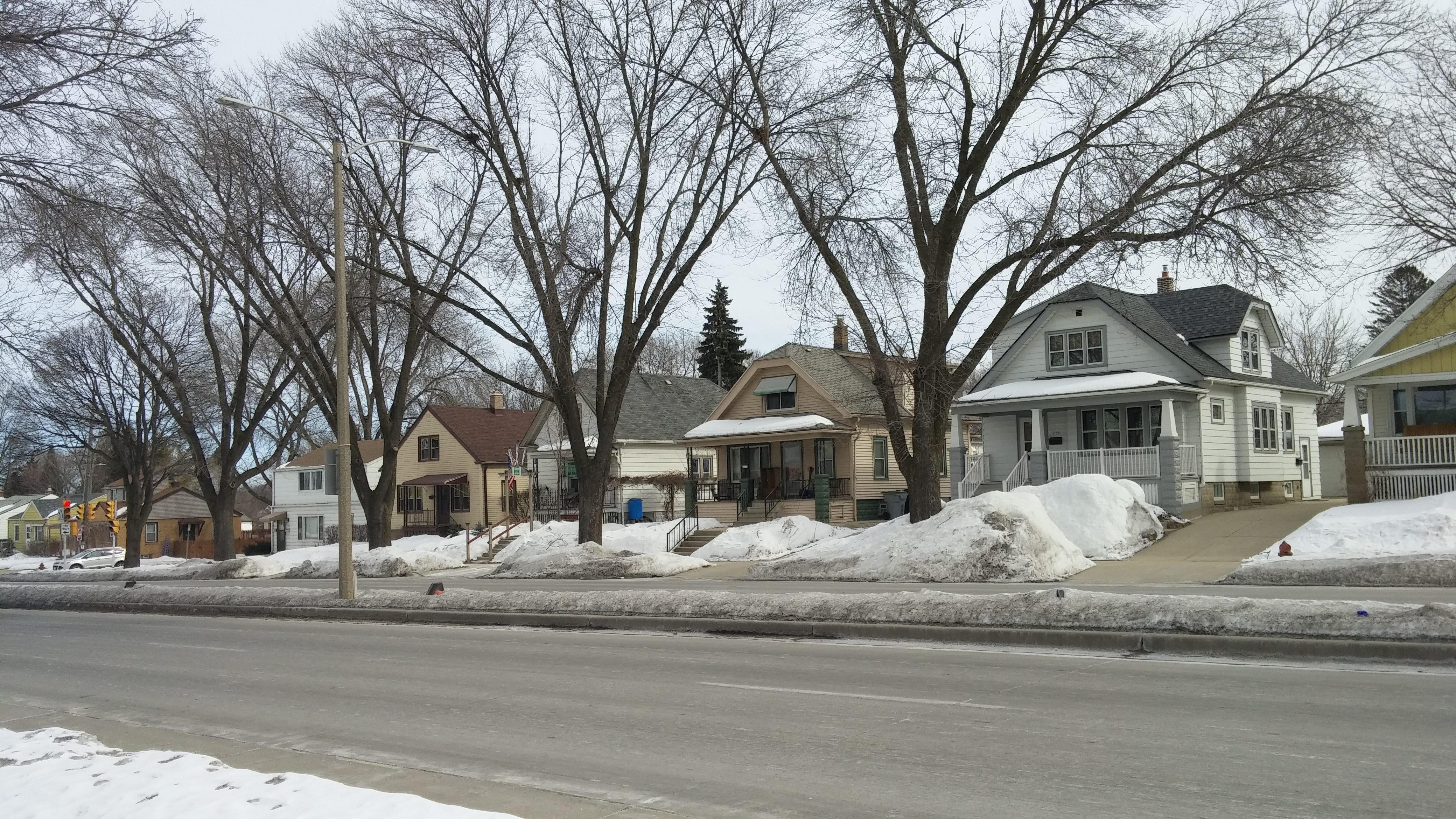 Homes on S. Chase Avenue. Photo by Carl Baehr.