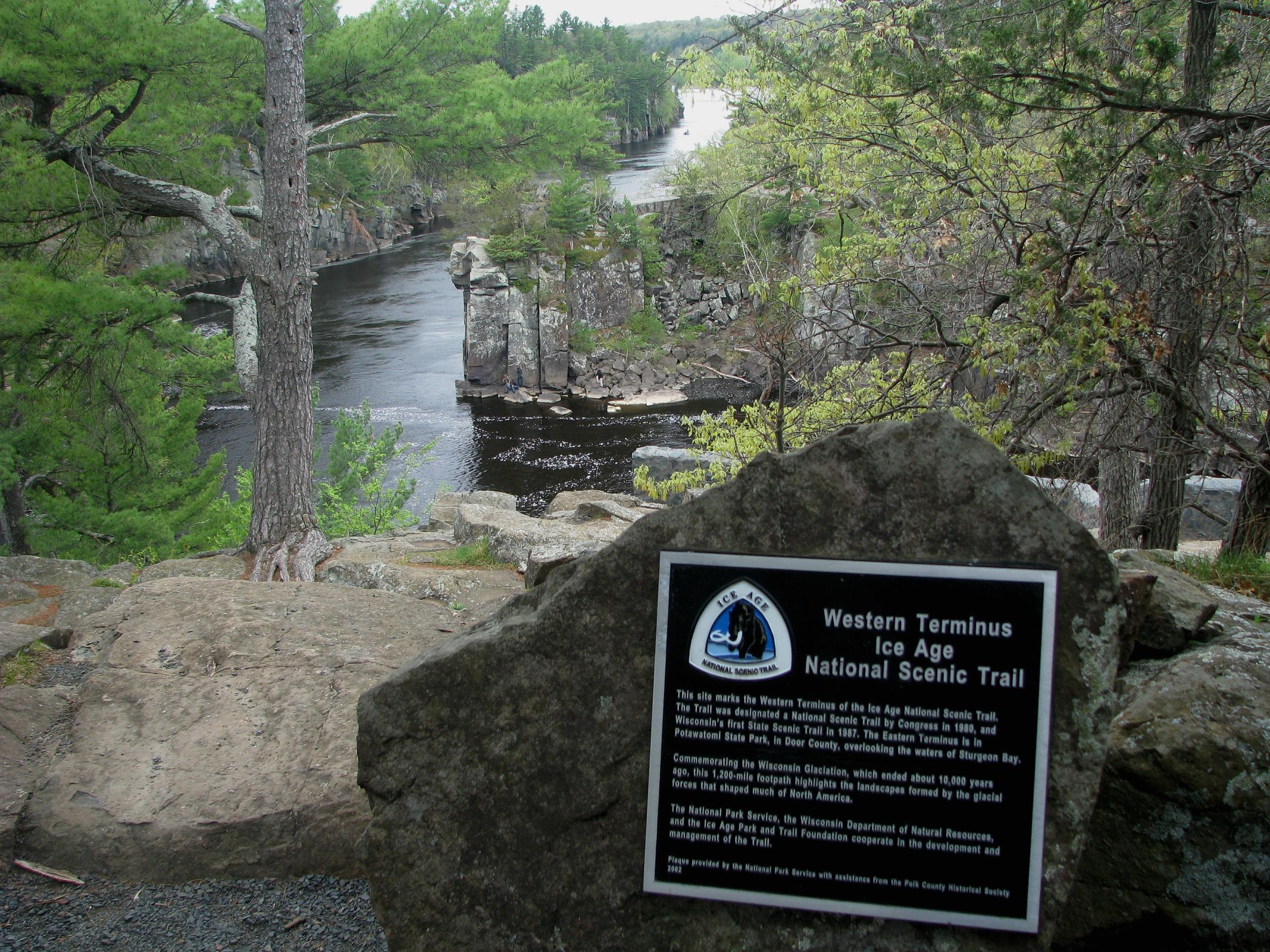 Western Terminus of the Ice Age National Scenic Trail. Photo by MDuchek at English Wikipedia. Photo is in the Public Domain.