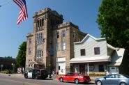 Colfax Municipal Building in Colfax, Wisconsin. (CC0 1.0 Universal Public Domain Dedication)