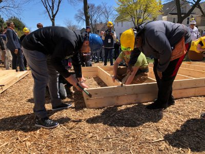 Friday Photos: Habitat Building 100 Homes in Midtown