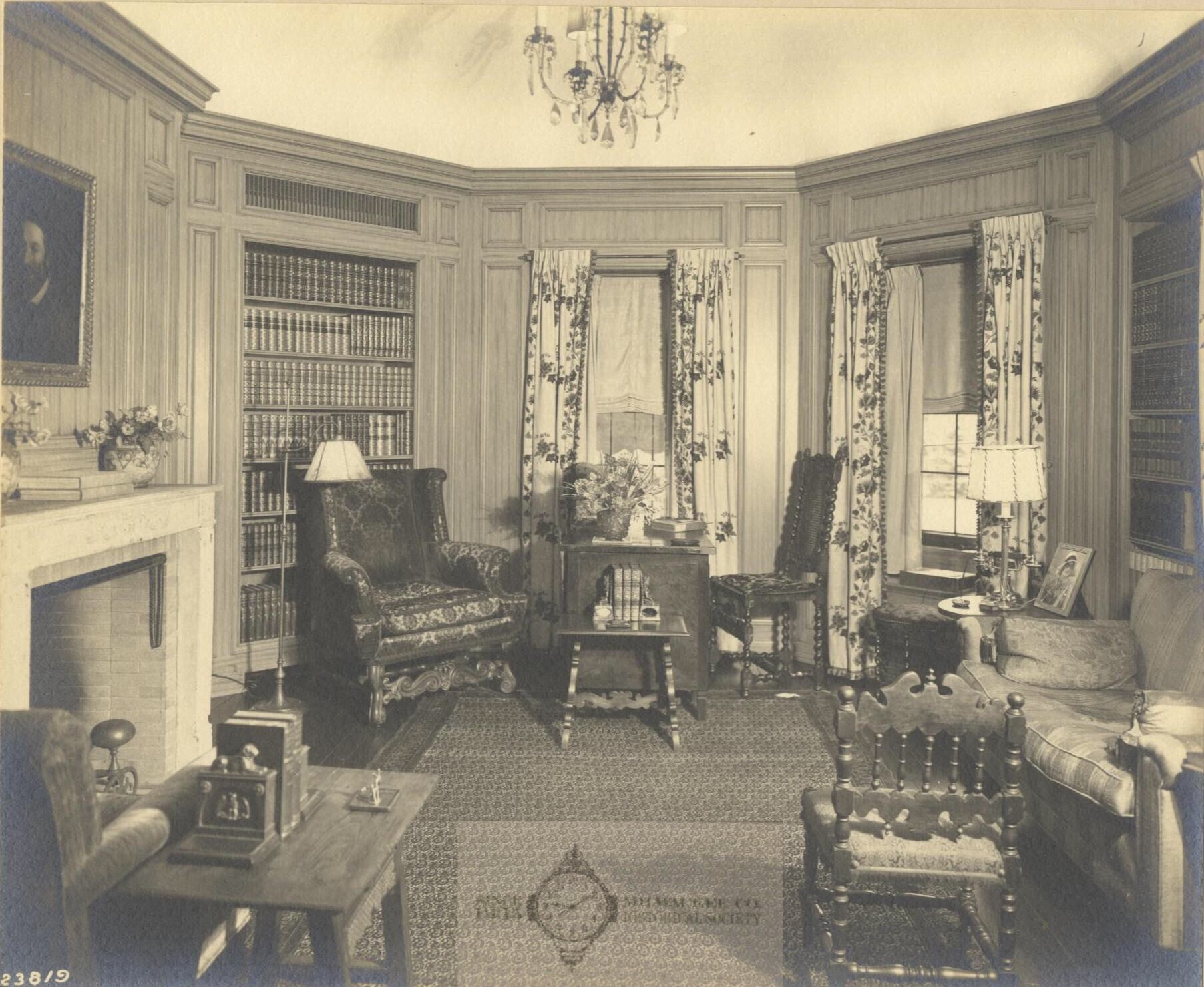 Albright Mansion Interior. Photo from the Milwaukee County Historical Society. All Rights Reserved.